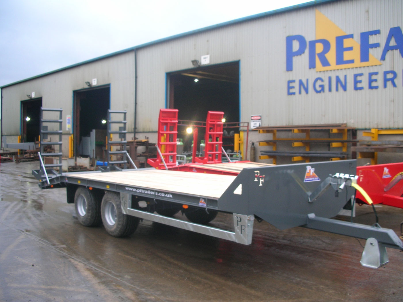 12T Gross Midi Low Loader Trailer